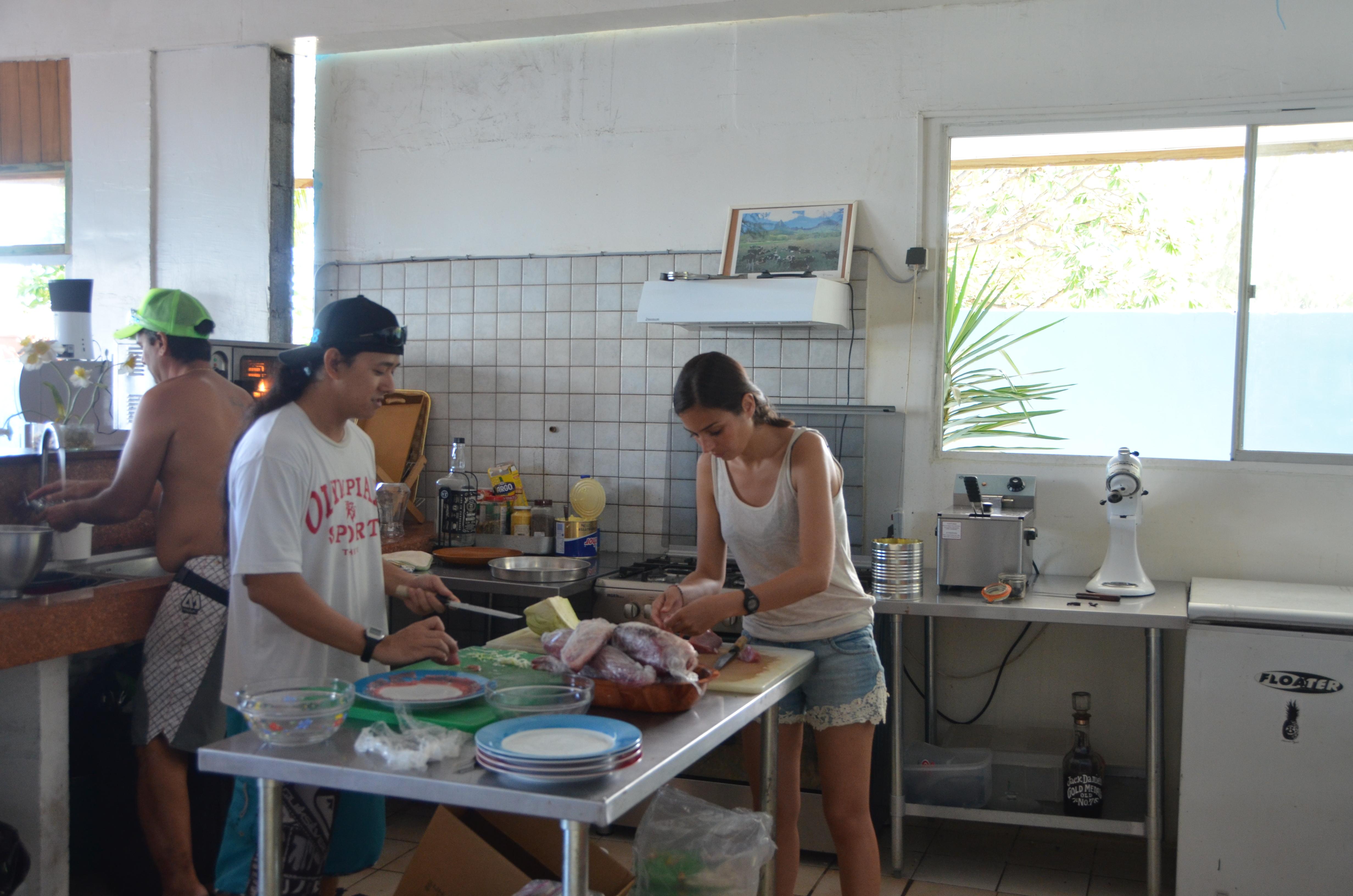 Recette polyn sienne du carpaccio de thon le blog du tour du monde des baroadeurs - Cours de cuisine amateur ...